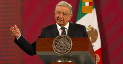 Es insensato asegurar que aumento al salario m铆nimo afectar谩 a la econom铆a: L贸pez Obrador