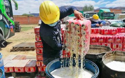 Importación legal de bebidas alcohólicas cae en 4% y el contrabando viene de Argentina y Brasil
