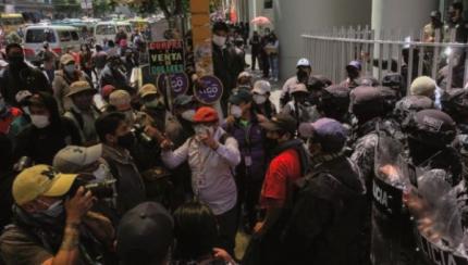 Aportantes recuerdan promesa a Arce y exigen 50% de sus AFP