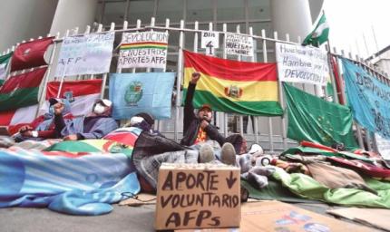 Lo más leído: Proyecto de ley prevé el retiro escalonado de aportes de AFP